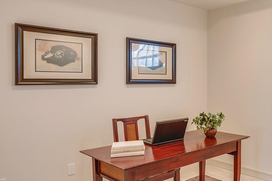 Si eres excéntrico, personaliza tu oficina con estilo rústico